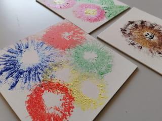 Vos peintures avec des rouleaux de papier toilette sont terminées!