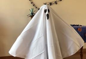 Déguisement fantôme pour Halloween [VIDEO]