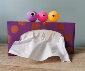 Boîte à mouchoirs en forme de monstre