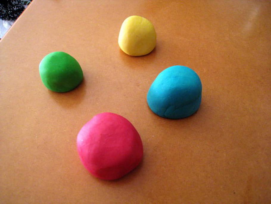 Fabrique ta pâte à modeler