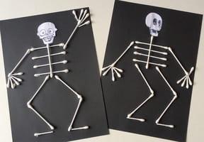 Squelette en cotons-tiges [VIDÉO]