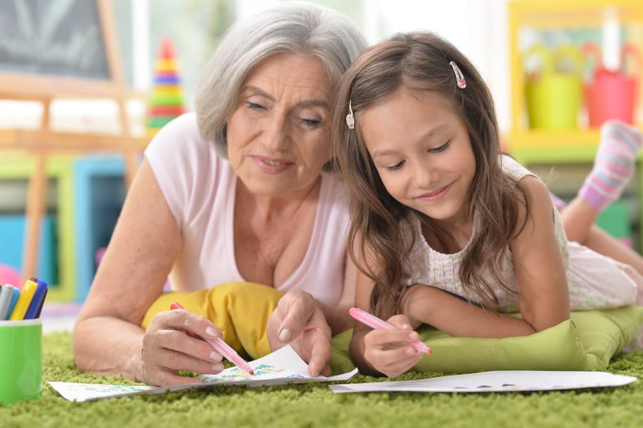 Bricolage fête des grands-mères: nos idées pour mamie