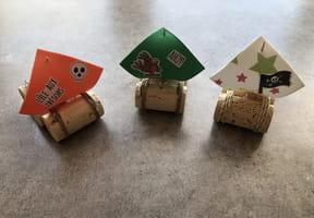 Mini-bateaux en bouchons de liège