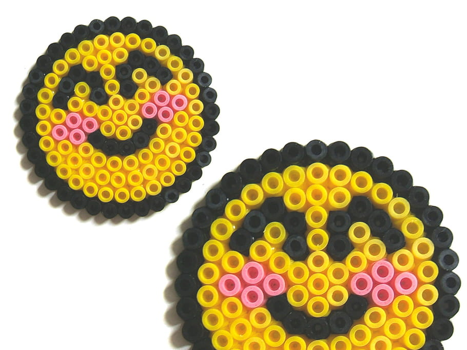 Smiley emoticon en perles à repasser