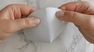 Étape 2: fabriquer l'entonnoir