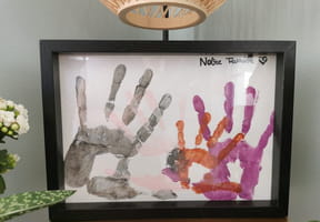 Empreintes de mains de la famille