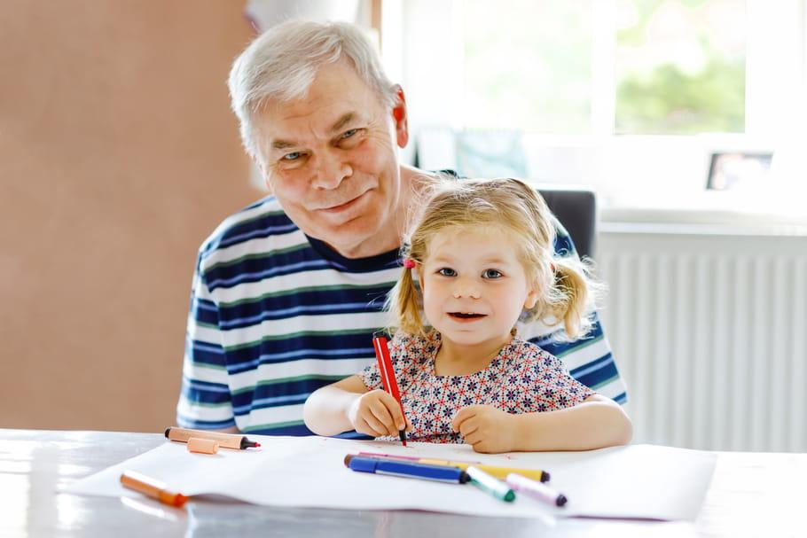 Fête des grands-pères: origine, date, coloriages et idées
