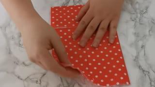 Étape 1: Méthode de pliage de la serviette de Noël en étoile
