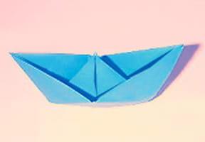 Pliage d'un bateau en papier, origami bateau en vidéo