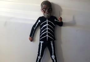 Déguisement de squelette pour Halloween [VIDEO]