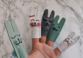 Marionnettes à doigts lapin
