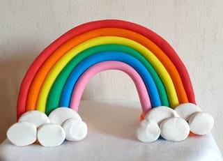 Votre arc-en-ciel en pâte à sucre est terminé!