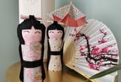 Poupée Kokeshi en rouleau de papier toilette
