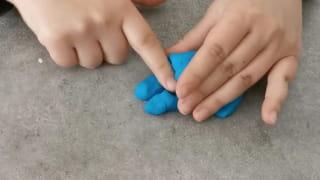 Étape 5: Réalisez les pattes avant et la queue