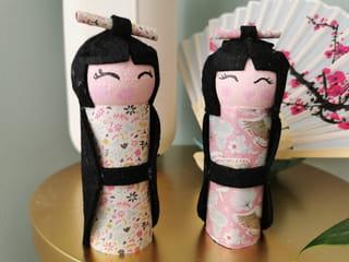 Votre poupée Kokeshi en rouleau de papier toilette est terminée