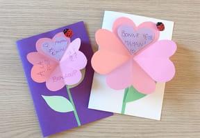 Carte cœur en forme de fleur fête des mères [VIDEO]
