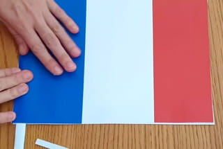 Fabrication du drapeau français