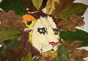 Lion en feuilles d'automne