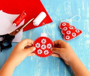 Boules de Noël: fabriquez une décoration pour votre sapin