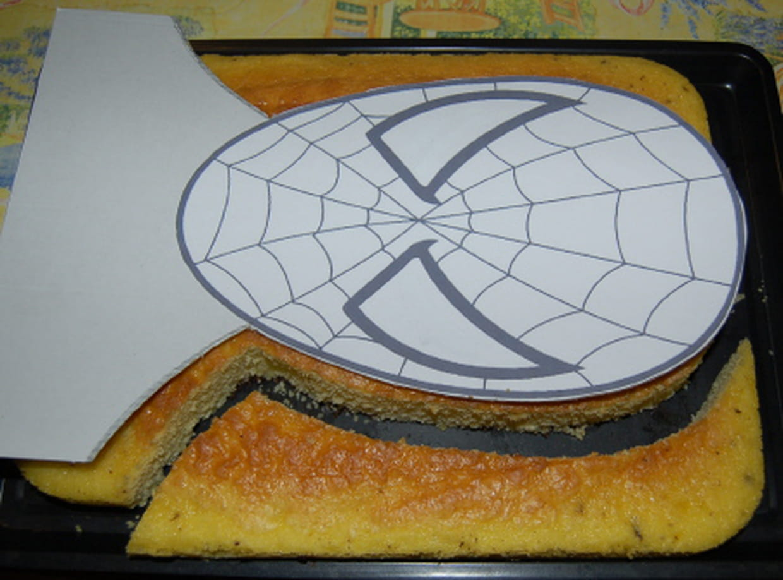 G teau d 39 anniversaire spiderman - Decoration spiderman pour anniversaire ...