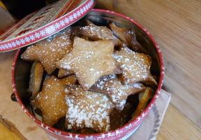 Biscuits de Noël au miel et aux épices [VIDEO]