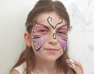 Étape 8: dessiner les finitions du maquillage papillon