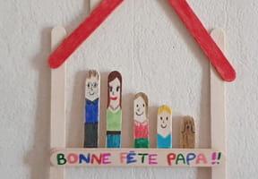 La famille en bâtons de bois pour la fête des Pères [VIDEO]