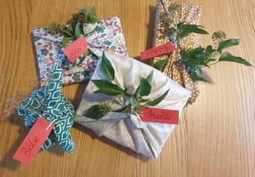 Furoshiki: tuto pour emballer ses cadeaux en tissu