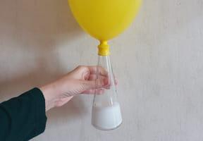 Gonfler un ballon sans souffler dedans, une expérience gonflée