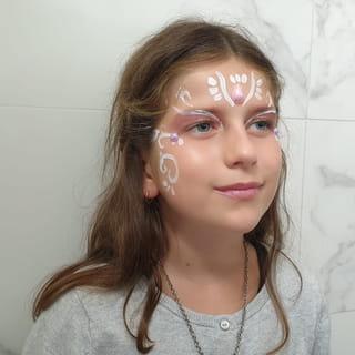 Votre maquillage de princesse et terminé!