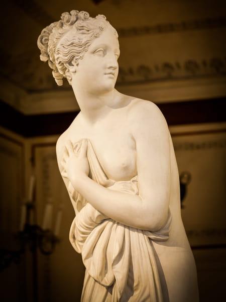 aphrodite-dieux-mythologie-grecque