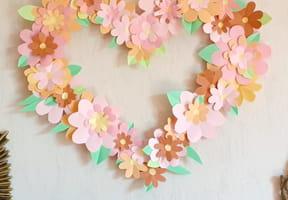 Cœur mural fleuri pour la fête des Mères [VIDEO]