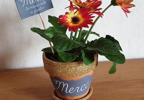 Pot de fleurs, cadeau de fin d'année scolaire [VIDEO]