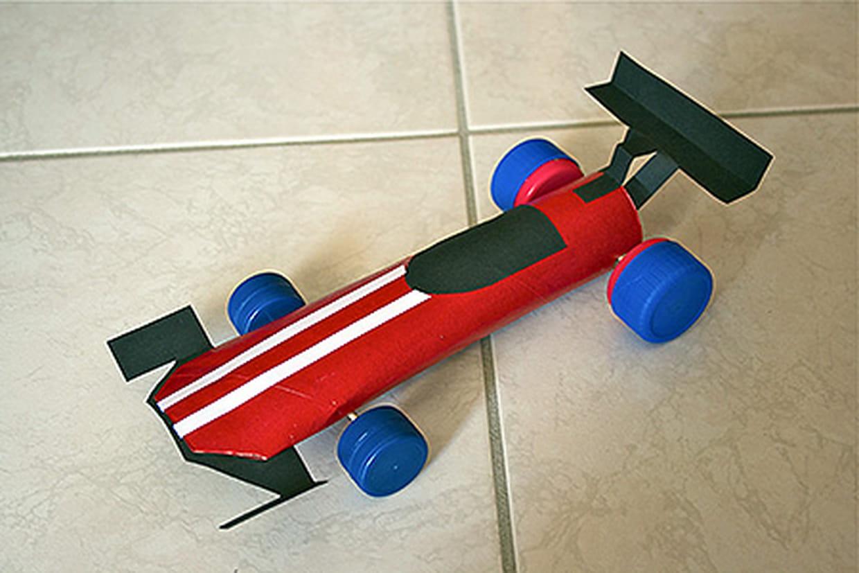 Tape 1 - Fabriquer une voiture en carton ...