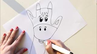 Etape 3: dessine le bas du visage puis les tâches