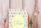 Carte de Pâques à motifs œufs décorés