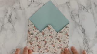 Étape 3: Formez le bas de l'enveloppe