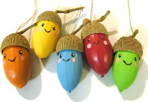 Des petits lutins colorés