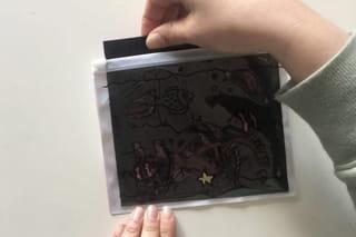Etape 4: glissez une feuille noire