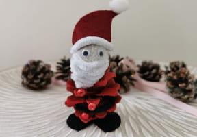Père Noël en pomme de pin [VIDEO]