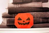 Une citrouille d'Halloween en papier