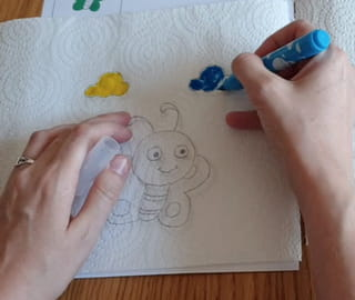 Étape 4: coloriez les nuages en bleu et jaune