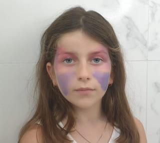 Étape 3: ajouter une couleur sur les yeux et les joues