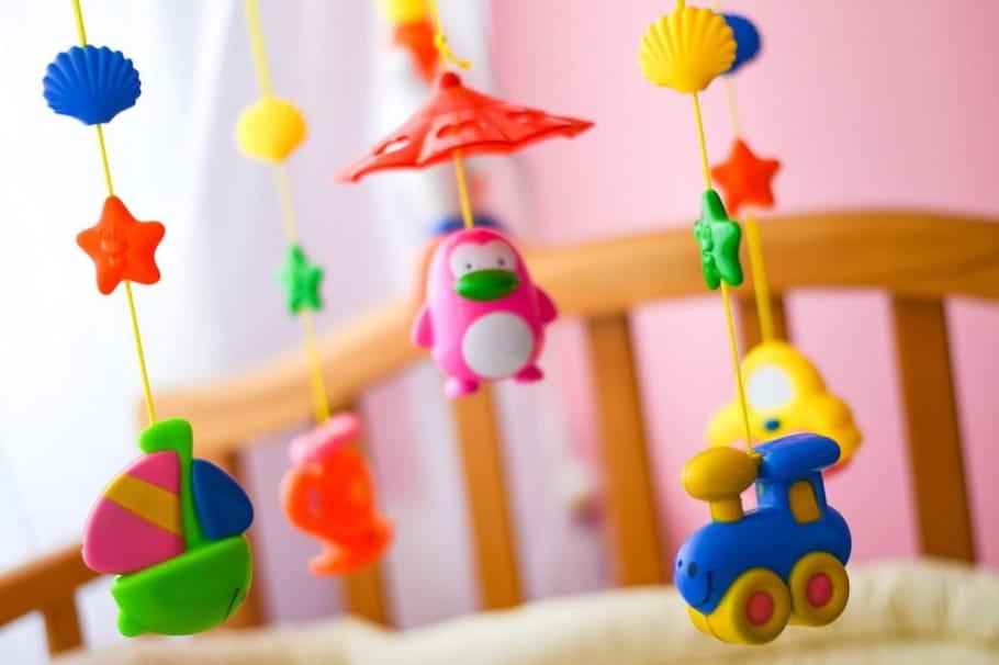 Mobiles musicaux: notre sélection pour le lit de bébé