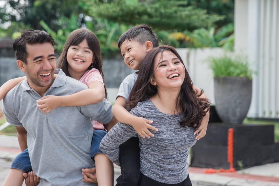 En famille: fêtes, sorties et conseils pour les parents