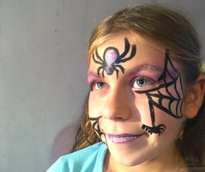 Maquillage sorcière pour Halloween [VIDEO]