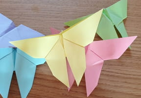 Papillon en origami, pliage papier [VIDEO]