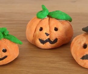 Citrouille d'Halloween en pâte à sel [VIDEO]