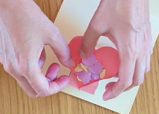 Étape 7: collez le cube par les 2rectangles