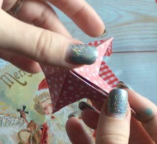 Origami étoile en papier - Étape 3